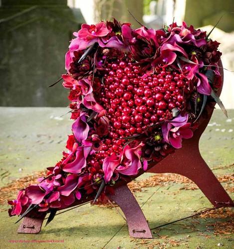 Oasis Mini SWING hart Met staander 50*48*5 cm. Oasis Mini SWING