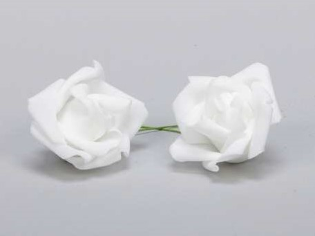 Actie foam rose Wit 6, 5cm. 12pc zak foam wit 6, 5 cm.