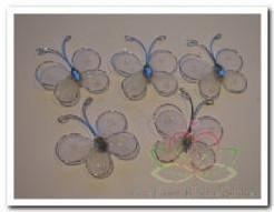 Vlindertjes wit van zilverdraad 2. 5 cm. /6 stuks Vlindertjes wit