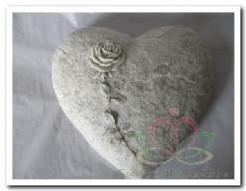 Hart Sandstone Rose met sleuf voor lint Hart Sandstone