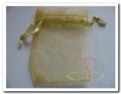 Giftbag organza Gold +/- 7*9 cm. Giftbag organza Gold
