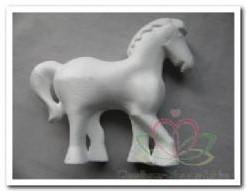 Styropor Piepschuim paard 15x13, 5 cm. Paard styro