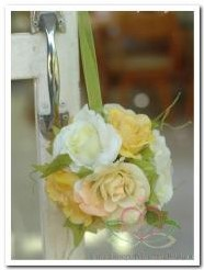 bloemenbal PomanderRoseBall creme-geel4 bloemenbal Pomander Rose