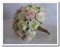 Bruidsboeket foamrozen Romantisch Pastel EV55 Bruidsboeket f