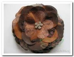 Corsage bloem Peony met clip Bruin Corsage bloem Peony met c