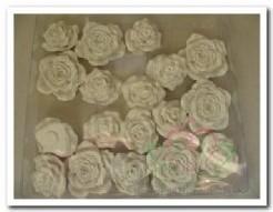 Bloemen polyresin doosje18 wit Bloemen polyres