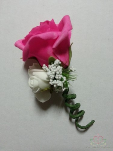 Corsage Roos Fuchsia NeonPink CEM 29 Corsage Roos CEM 29