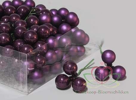 Balletjes op draad 2 cm. Shadow Purple GLANS kleinverp - purple shadow glans Kerstballen 2 cm.