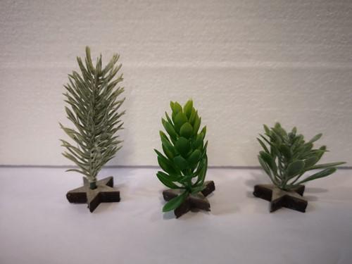 Miniatuurboompje B op stervoetje per stuk Miniboompje voor winterdorp