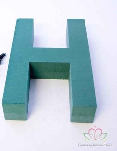 Letter H van Steekschuim 30 x 20 cm