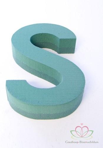Letter S van Steekschuim 30 x 20 cm