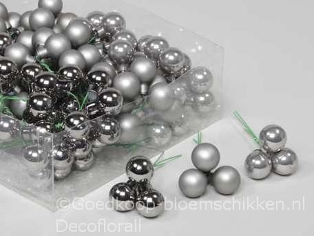 Balletjes op draad 2 cm. Titan grey combi/doos 144 stuks Kerstballen 2 cm.