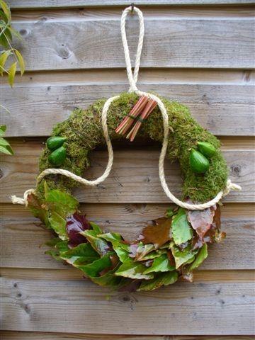 Jocelien - Moskrans met bladeren
