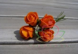 Actie Mini foam roos 2 cm. Fel Oranje/ doosje 144 Mini foam roos