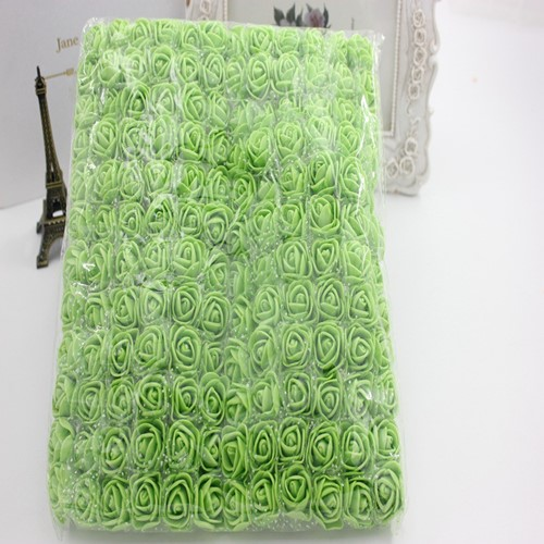 Actie Mini foamrose met tule AppelGroen BULK pak 144 st 2 cm.