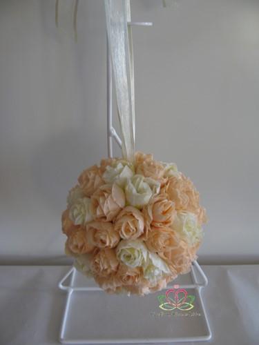 bloemenbal Pomander RoseBall Peach Ivory nr35 bloemenbal Pomander