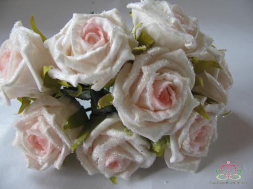 Actie foam roos Elegant cremeroze besuikerd / bundel  foam roos Eleg