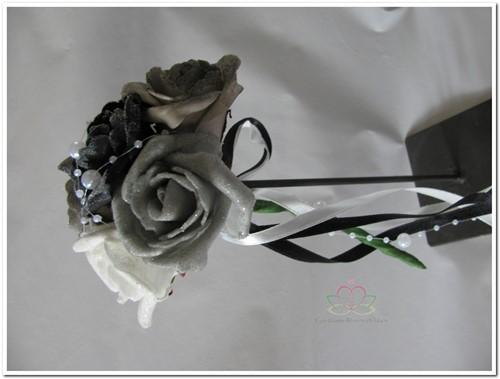 Bruidsmeisjesboeketje Zwart/Wit/Taupe/Grijs BMB14 Bruidsmeisjesboeketje