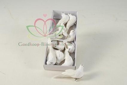 Duifjes, witte duiven 10*3 cm. en 5*4cm. Doos12 stuks Duiven duifjes