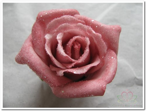 foam Rose Emilia 6cm. snow Old Pink Doos 42 oudroze oud roze