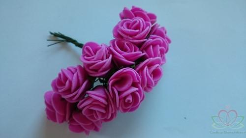 Mini foam roos 2, 5 cm. / Fuchsia bundel +/- 12st bundel Mini foam roos
