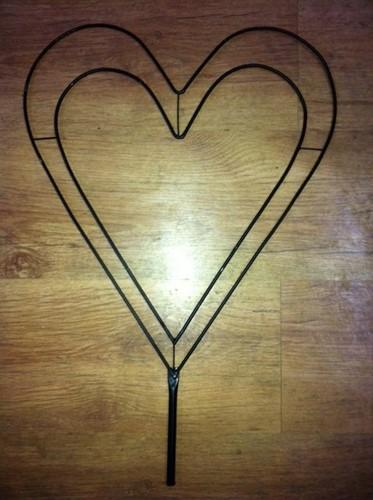 Frame Hart 30 cm. (zonder voet) Hartvorm van metaal