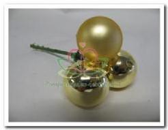 Kerstballen 3 stuks. 25mm op steker goud Kerstbal 3 cm.