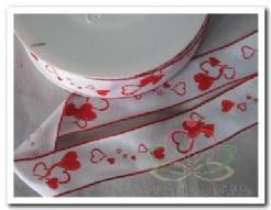 Lint wit /rood harten 25 mm dr / m Lint wit /rood
