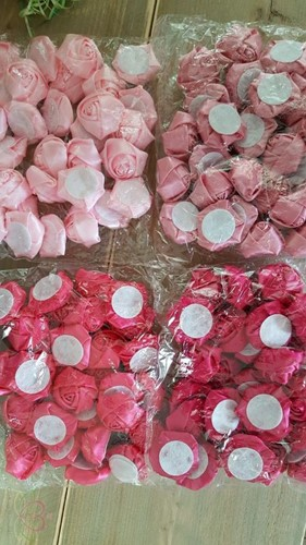 Satijnroos broche bruidsboeket 3, 5-4cm. +/-10 stuks. Azalea D foam roos