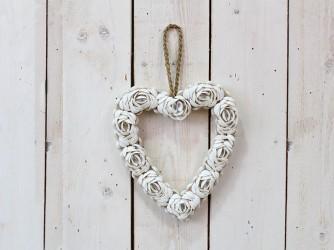 Schelpenhart +/-27 cm. Witte Rozen witte rozen, +/- 27 cm.