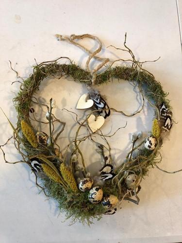 Pakket hart met mos B Wie draag jij een warm hart toe?
