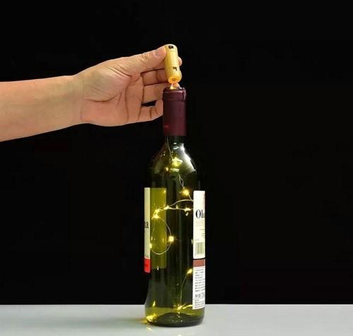 Flesstop kurk WARMWIT 10 lampjes wijnstop